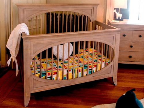 Milk Street • Cameo Oval Crib