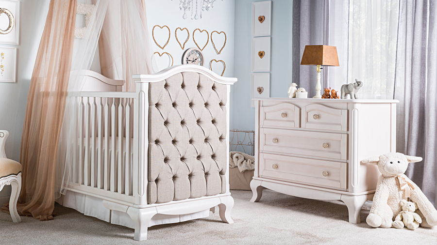 Romina - Cleopatra Collection with Tufted Crib