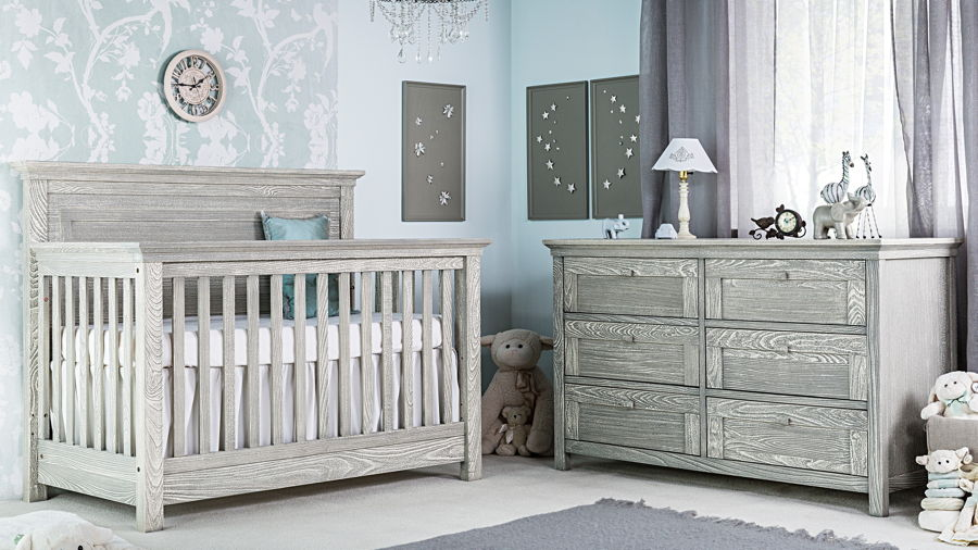 Romina - Karisma Collection with Convertible Crib in Smokey Grey
