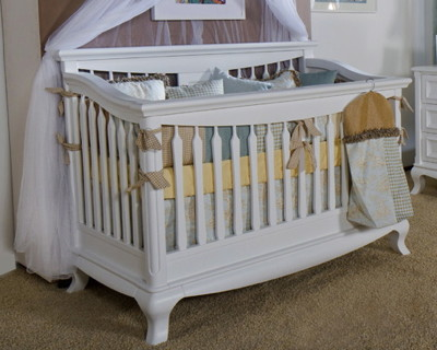 Romina Antonio Traditional Crib