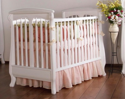 Romina Nerva Traditional Crib