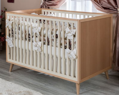 Romina New York Convertible Crib in Albero Puro
