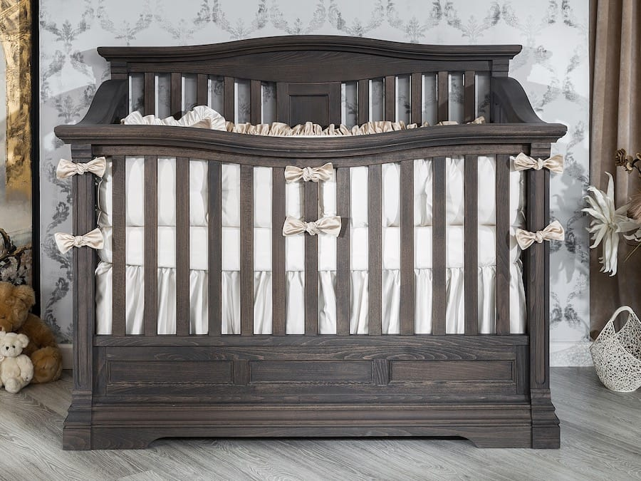 Romina • Imperio Crib in Oil Grey