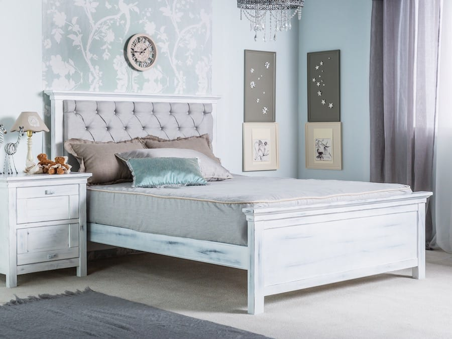 Romina • Karisma Full Bed in Rustico White
