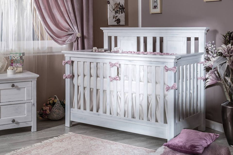 Romina - Karisma Collection with Convertible Crib in Rustico White